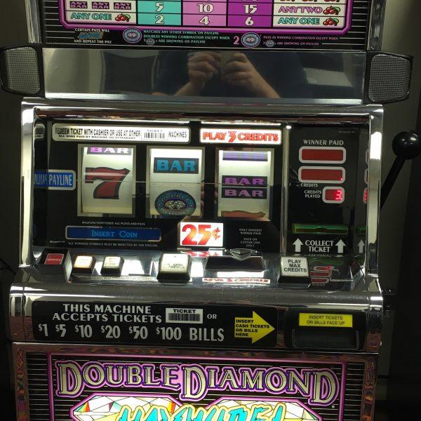 Double Diamond Haywire slot machine