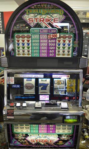 Triple Diamond Strike slot machine