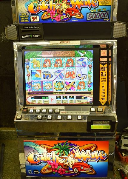 Catch a Wave video slot machine