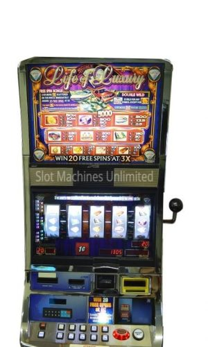 Double Life of Luxury slot machine