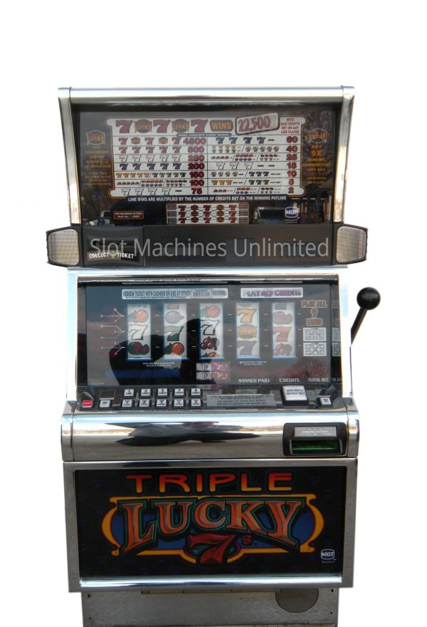 Triple Lucky 7s slot machine