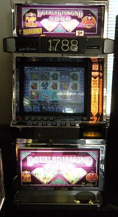 Double Diamond 2000 video slot machine