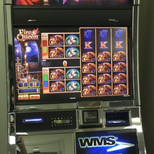 Fire Queen Slot Machine