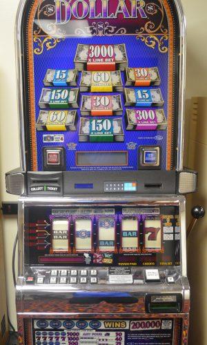Top Dollar 5 reel slot machine
