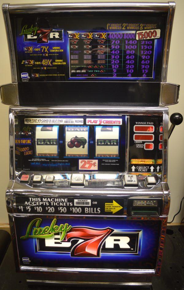 Lucky 7s Bar